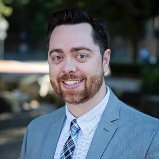David Gleave, PsyD, is a licensed psychologist in Oregon